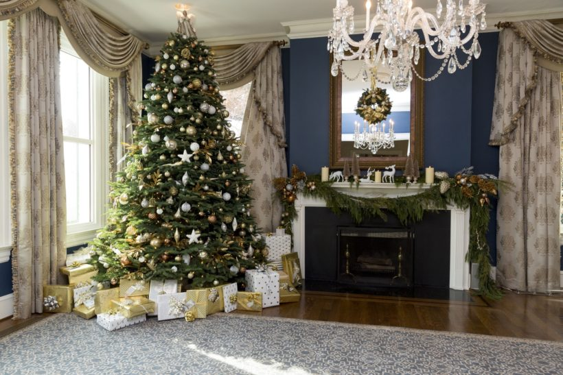 In the dining room, guests will see a beautifully decorated fireplace mantel and tree. The tree is known as the Grand National Reserve Tree.
