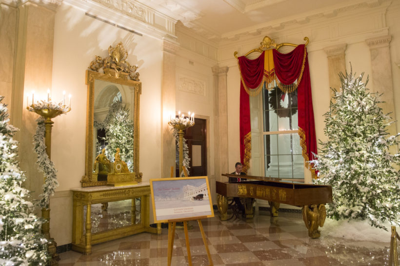 Pianist Gathan Graham performs in the Grand Foyer of the White House, Thursday, November 29, 2017 at the White House in Washington, D.C.