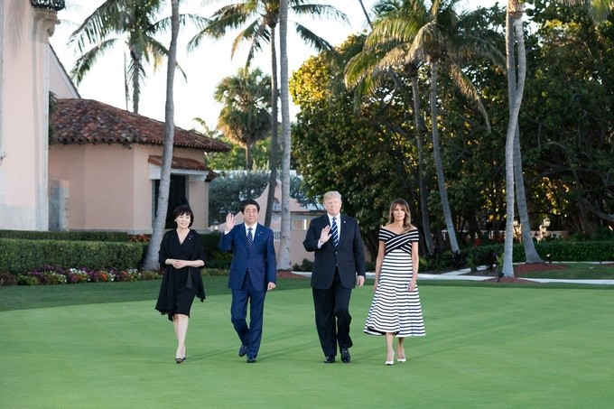 President Donald J. Trump and First Lady Melania Trump take a friendship walk with Japanese Prime Minister Shinzo Abe and his wife, Mrs. Akie Abe, prior to attending dinner at Mar-a-Lago, Tuesday, April 17, 2018, in Palm Beach, Florida.